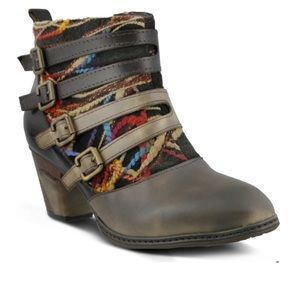 L'Artiste Redding Ankle Boot in Taupe Multi